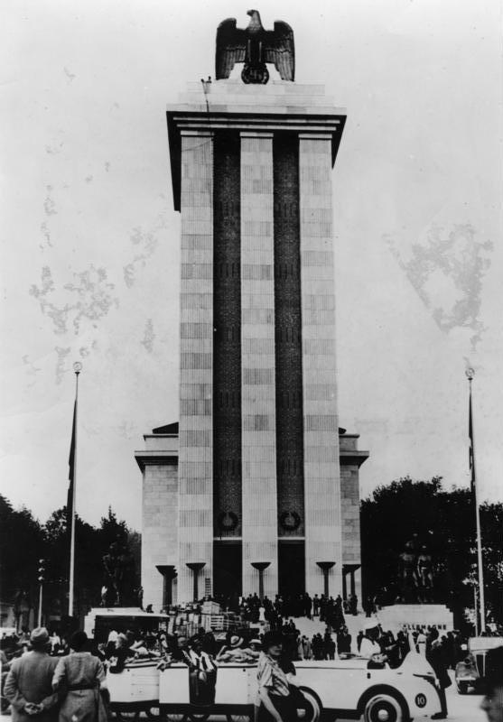 Figure 1.4: Albert Speer, Deutsches Haus (German Pavilion), Exposition Internationale, Paris, 1937. Courtesy of the author.