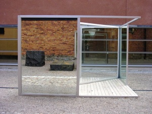 Figure 6.1: Dan Graham, Pavilion Sculpture II, 1984, aluminum, glass, and mirrors, Moderna Museet Sculpture Park, Stockholm. Photograph: Joel Robinson.